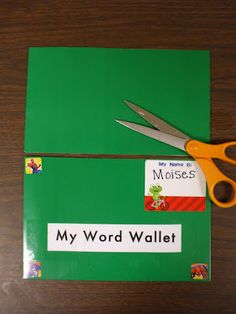 Welcome to First Grade Room Sight Word Wallets. I love this idea not just for sight words but for word study too. Teaching Sight Words, Sight Word Practice, Sight Word Games, Sight Word Activities, Word Study, Word Work, Teaching Reading, Guided Reading, Teaching Ideas