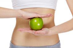 Düşük Kalorili 1 Haftada 5 Kilo Verdiren Diyet Listesi http://kupayedili.com/dusuk-kalorili-1-haftada-5-kilo-verdiren-diyet-listesi.html Bu diyetimizde amaç 1 haftada 5 kilo vermek ve bu kiloları verirken çok aç kalmadan benzer besinler tüketerek kilo vermek. Bir insan ortalama olarak günde 1700 kalori tüketmektedir. Bu diyetimiz ise 600 kalori civarındadır. Yani günde ortalama olarak 1100 kalori vermiş oluyorsunuz ayrıca bu diye...