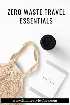 How to pack a zero waste travel kit /// /// zero waste tips / zero waste travel / travel packing tips / sustainable traveling / green living / sustainability / zero waste living / green habits / organizing #zerowaste #traveltips