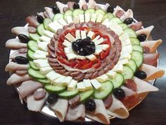 Food Platters, Food Design, Avocado Toast, Food Art, Sushi, Buffet, Food And Drink, Appetizers, Cooking