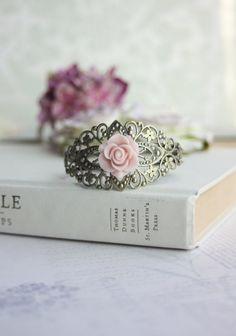 Rosa Rose Flower Lace filigran Manschette Armband von Marolsha