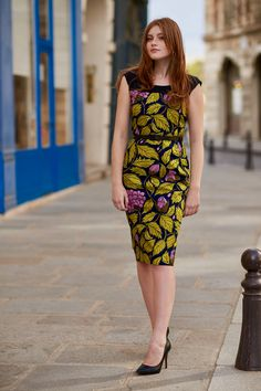 Wax Touch Collection Maison Mixmelô FW 18 #fashion #frenchstyle #waxprint #womensfashion #mixandmatch #slowfashion #ethicalfashion #africanfashion Ginger Hair, Wax, Dresses For Work, Boutique, Collection, Womens Fashion, Touch, Style, Pencil Dress