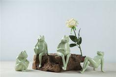 Amazon.com - Handcraft Sitting Frog in Light Green Mottled Glaze Ceramic Furniture -