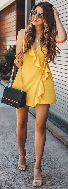 #Summer #Outfits / Yellow Wrapped Mini Dress + Beige Sandals liveinternet.ru