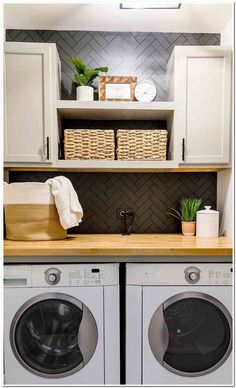 Who here has house renovation goals for (Or organization goals for those of us living that renter life?) 🏠 The girls at have so many inspiring photos of their home makeover progress. Laundry Room Inspiration, Laundry Room Makeover, Room Inspiration, Living Room Decor Neutral, Home Remodeling, Laundry Room Diy, Classic Living Room Decor, Living Room Seating, Room