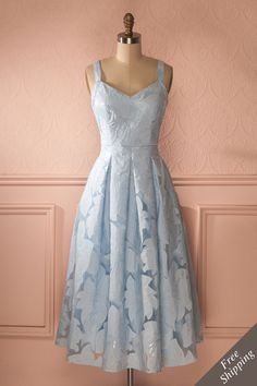 Mattie Sky - Baby blue floral appliqués midi dress