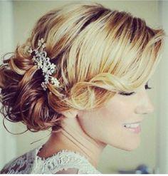 Blonde bun curly side bang diamond clip