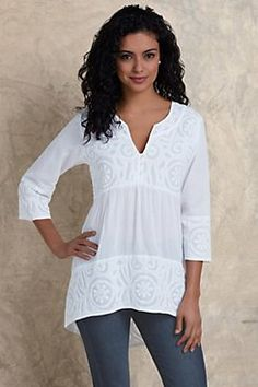 Soft Surroundings' women's tunic tops & sweaters incorporate soft fabrics & global styling to create a fabulous look. Shop our collection of women's tunics! Cool Outfits, Casual Outfits, Fashion Outfits, Outfits Leggins, Only Clothing, Cotton Tunics, Fashion Over 50, Mode Inspiration, Plus Size Fashion