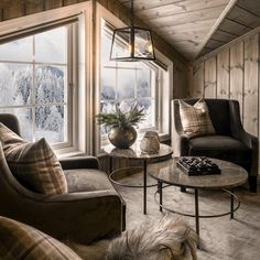 Mountain Cottage, Cottage Interiors, Mountain Home Interiors, Log Homes, Cozy House, Home Living Room, My Dream Home, Loft, House Design
