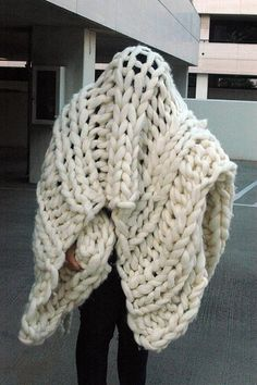 Giant knit blanket by Nocturnal Knits. Glad to see the pattern is available.