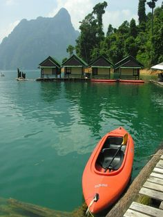 independent trip to khao sok national park  stay in lake house