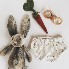 Handmade linen baby bloomers in sage pattern by underatinroof on Etsy