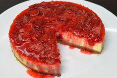 Strawberry cheesecake Strawberry Cheesecake, Yummy Cakes, Cake Pops, Cupcake, Baking, Recipes, Kitchens, Cake Pop, Bread Making