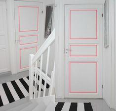 Décorer les contours des portes