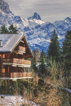 Picturesque chalet in Villars-sur Ollon, Switzerland. The Places Youll Go, Places To See, Toronto, Switzerland Itinerary, Travel 2017, France Travel, Travel Europe, Future Travel, Nice View