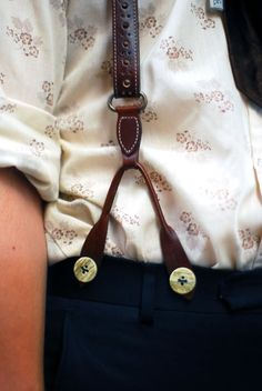 Mens Fashion: Floral shirt and Braces good style.- Pinterest: @keraavlon