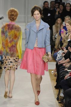 """Pink is an """"it"""" color for Fall 2012    Moschino Cheap & Chic"""