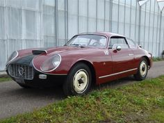 1967 Lancia Flaminia Zagato. I saw this very car in person at Stolze's place down in De Lier, and it made a huge impression on me. The car has some serious presence, and I love the two lumps in the roof.