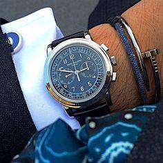 clovenclove: 50 shades of blue💙with. Best Watches For Men, Luxury Watches For Men, Cool Watches, Patek Philippe 5970, Patek Philippe Aquanaut, Patek Watches, Sporty Watch, Patek Philippe Calatrava, Men Accessories