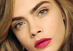Cómo conseguir las perfectas cejas de de Cara Delevingne