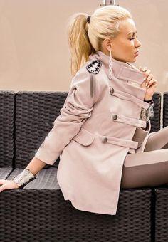 Пальто Пальто-мундир двубортное с погоном 5810 370,00 грн. #жіночепальто #жіночіпальта