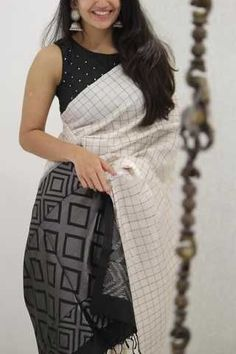 Innovative White and Black Colored Soft Silk Party Wear Saree - Black Things black color kanchipuram saree Indian Blouse Designs, Saree Blouse Neck Designs, Saree Blouse Patterns, Fancy Blouse Designs, Dress Patterns, Kerala Saree Blouse Designs, New Saree Designs, Sari Design, Diy Design