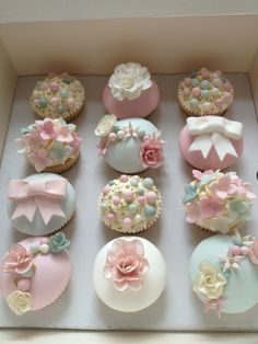 Dusky pink and sage green wedding cupcakes