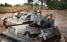 Soviet Army, War Photography, German Army, Axis Powers, Luftwaffe, World War Two, All Pictures, Ww2, Guns