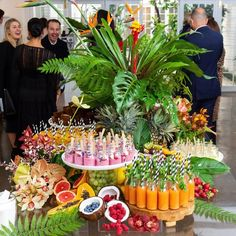 Mornings ... 🍍with @stevecordony @alessi_official @laporte_space #gallivantgrazing Brunch Buffet, Breakfast Buffet, Party Buffet, Brunch Party, Luau Party, Birthday Brunch, Grazing Tables, Fingerfood, Wedding Breakfast