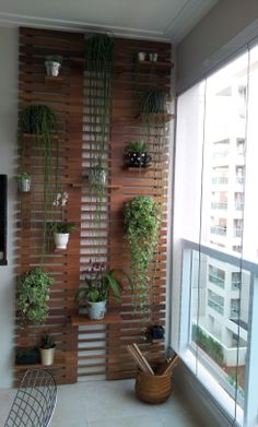 Balcony Garden 54406 Inspirational small balcony garden ideas for small apartment Apartementdecor. Garden Garden apartment Garden ideas Garden small GardenIdeas # for Small Balcony Design, Small Balcony Garden, Small Balcony Decor, Vertical Garden Design, Garden Landscape Design, Landscaping Design, Garden Landscaping, Balcony Plants, Rooftop Garden