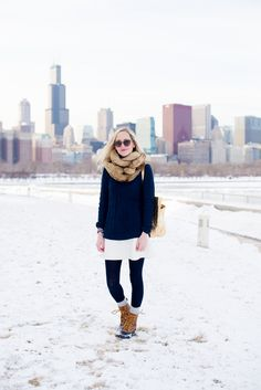 navy and white // duck boots // fur cowl // winter outfit