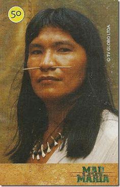 Série Mad Maria --------- Joe Caripuna Um dos últimos sobreviventes dos Caripunas. Como perdeu todos os parentes da sua tribo, o índio mora na floresta, mas na floresta, mas observa, sem ser notado, a movimentação dos homens brancos no acampamento da construção da ferrovia. Incauto e curioso, o carpuna rouba pequenos objetos das barracas, é descoberto pelos operários e recebe uma injusta punição deles.  Série: Mad Maria (09/20) - Tiragem: 45.450 - Data: 02/2005