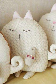 Almofada gatinhos