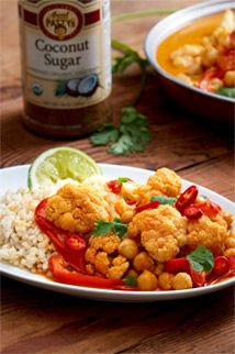 Delicious Chickpea Cauliflower Curry Recipe! Organic Raw Honey, Cauliflower Curry, Natural Kitchen, Beekeeping, Coconut Sugar, Curry Recipes, Food, Essen, Meals