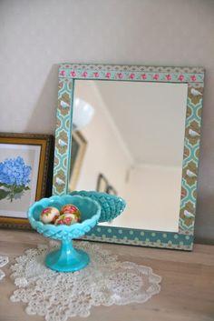 Tutorial: Decoupaged mirror frame