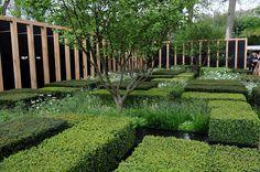 christopher bradley-hole / 2013 rhs chelsea daily telegraph garden - www. Garden Inspiration, Garden Ideas, Italian Garden, Contemporary Garden, Chelsea Flower Show, Modern Landscaping, Hedges, Landscape Architecture, Outdoor Gardens