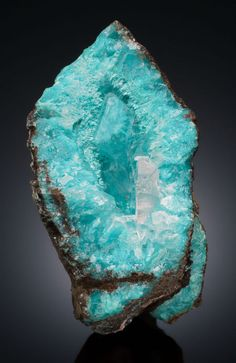 AURICHALCITE with CACLITE Southwest Mine, Bisbee, Warren District, Mule Mountains, Cochise County, Arizona, USA / Mineral Friends <3