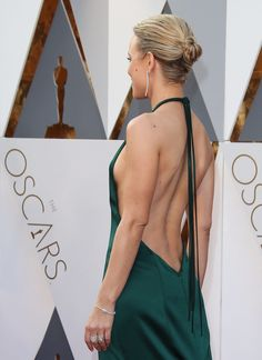 Rachel McAdams Pulled a Style Move No Star Ever Has Before at the Oscars