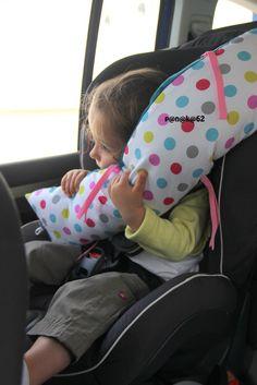 coussin de coyage en voiture pour mettre autour de la ceinture de sécurité - site ce panaka - explications en français