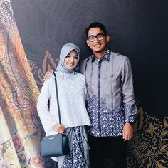 Batik Muslim, Kebaya Muslim, Muslim Fashion, Hijab Fashion, Women's Fashion, Blouse Dress, I Dress, Batik Couple, Kebaya Brokat