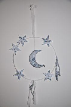 ★ mobile lune et étoiles liberty ★