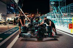 Mercedes Petronas, Amg Petronas, Mercedes Sport, Mercedes Amg, Sergio Perez, Badass Aesthetic, Thing 1, Auto News, Lewis Hamilton