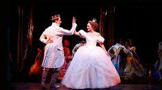 Não deixe dar meia-noite! Não perca Cinderela na Broadway!