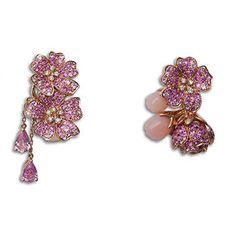 Les magnifiques et originales boucles d'oreilles Cherry Blossoms de Morphée Joaillerie et de sa créatrice joaillière Pamela Hastry.
