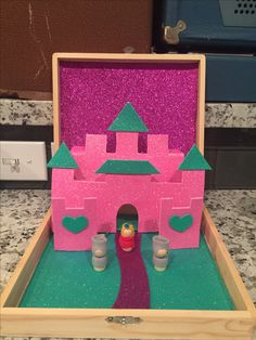 worlds in boxes - sparkly princess castle playset
