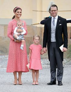 At Christening of Prince Alexander on Sept Crown Princess Victoria of Sweden and Prince Daniel of Sweden, with their children Prince Oscar and Princess Estelle. Victoria is wearing a lace dress by Elie Saab. Princess Sofia Of Sweden, Princess Victoria Of Sweden, Crown Princess Victoria, Prince And Princess, Baby Prince, Elie Saab, Christening Photos, Baby Christening, Princesa Estelle