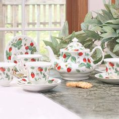 Strawberry design dishes remind me of my grandmother.  I have my kitchen decorated in strawberries and I am always on the look out for new patterns.