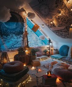 Via What do you like most about this magical room? Credits @ Via What do you like most about this magical room? Dream Rooms, Dream Bedroom, Chill Room, Chill Out Room Ideas, Indie Room, Cute Room Decor, Boho Room, Room Ideas Bedroom, Cozy Bedroom