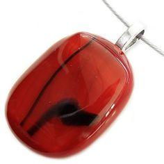 Handgemaakte rode glashanger met zwarte accenten