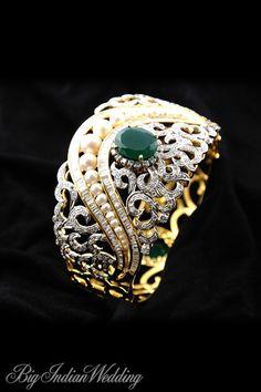 Amaris Jewels bridal handcuff